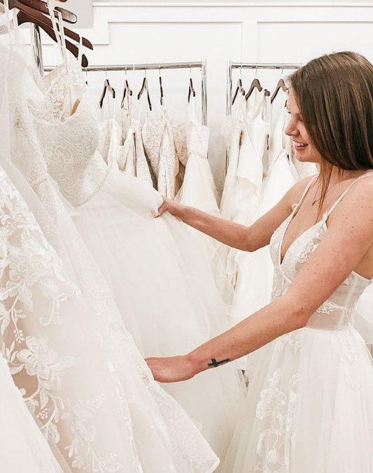 Wedding Dress Shopping–When Should you Begin?