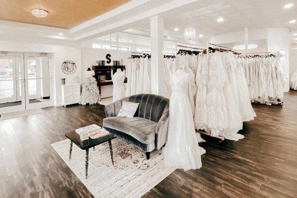 Finding your Dream Wedding Dress Sophias Bridal and Tux