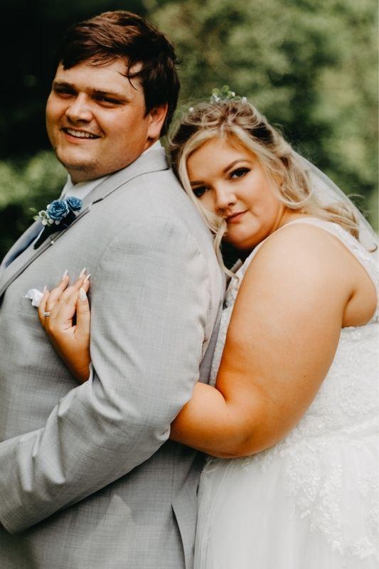 bride and groom couple photos